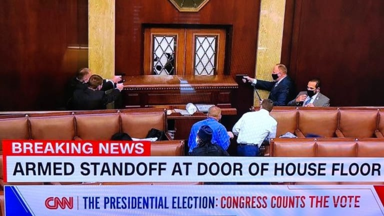 Report: There Is An Armed Stand Off At Door Of U.S. House Floor