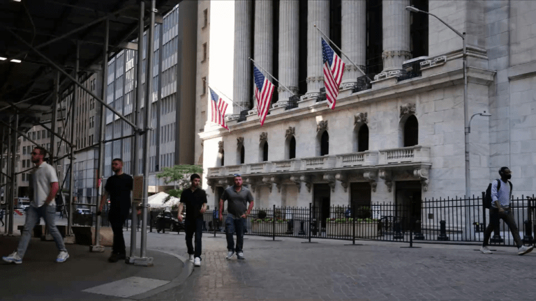 Stocks Fall this Week as New Cases Worry Investors